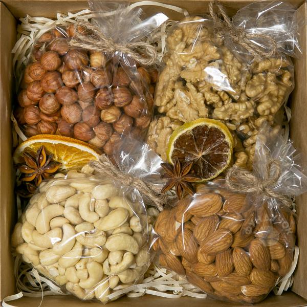 Подарочный набор орехов № 2 (400 г.)