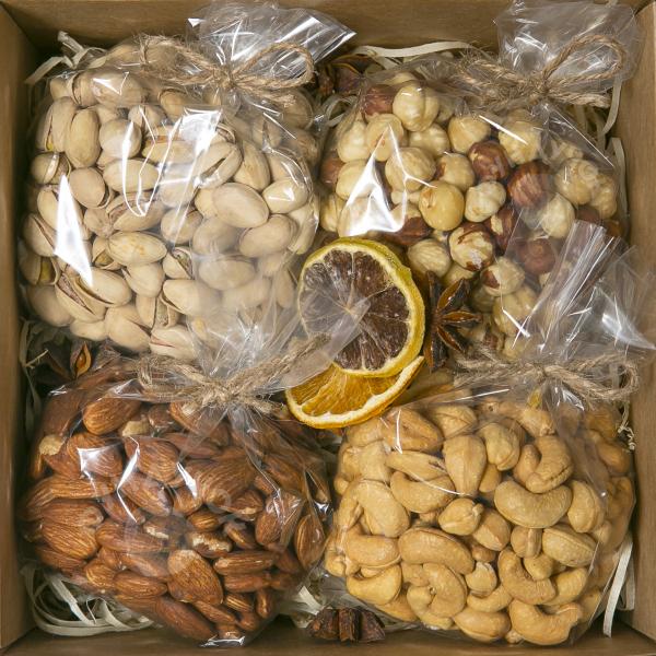 Подарочный набор орехов № 3 (400 г.)