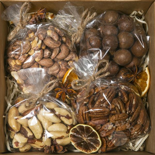 Подарочный набор орехов № 5 (400 г.)